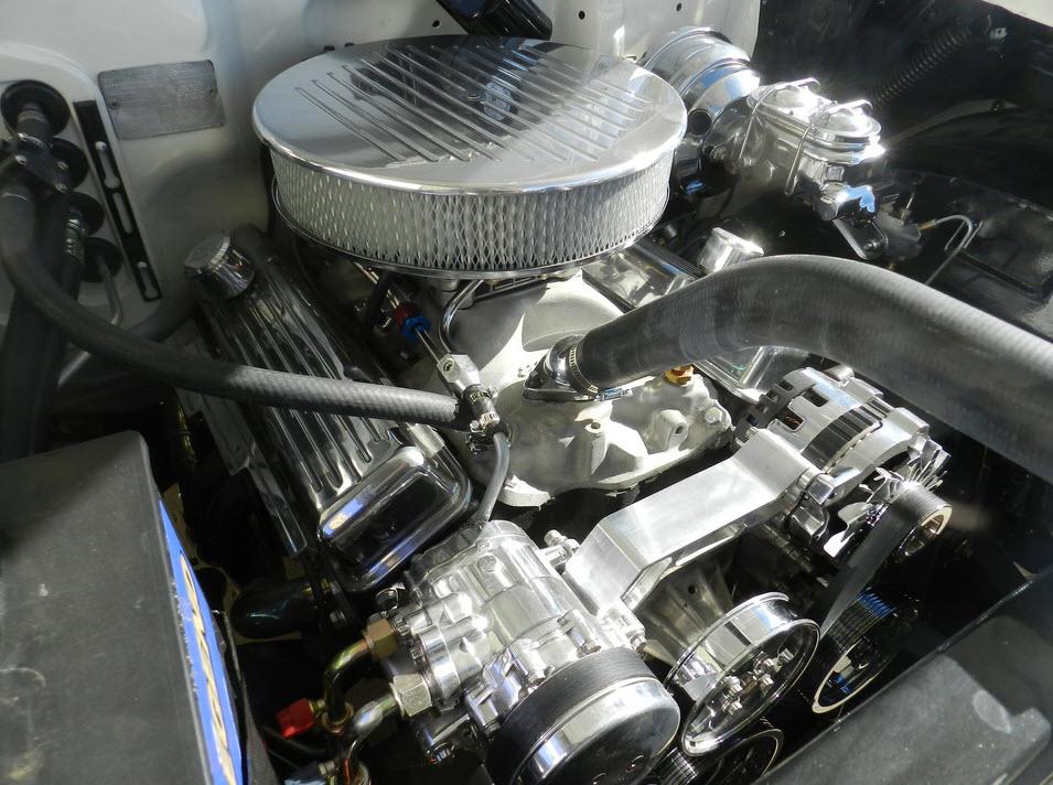 1957-Chevy-V8-Engine